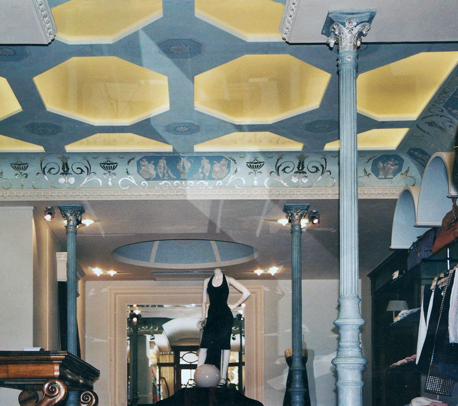 Fashion store in Italy - Alexander Hamilton - Decorative Painter - London